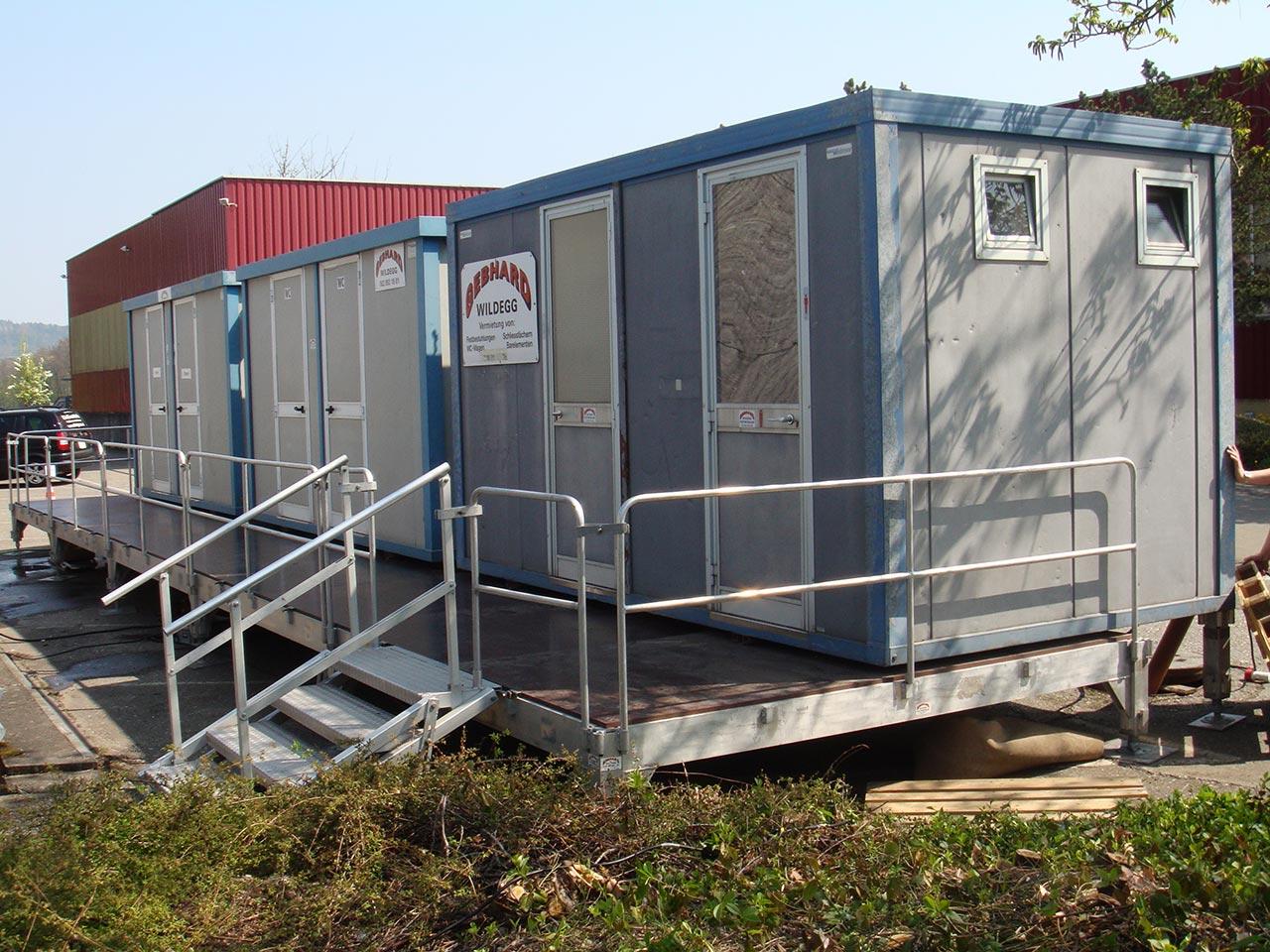 Festmobiliar WC-Anlage